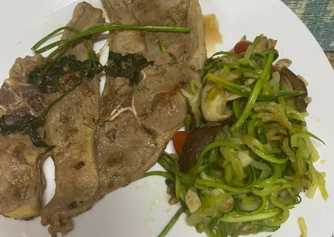 Lamb grill & zucchini noodles
