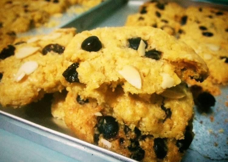Almond Raisin Oat Cookies (ekonomis-simple)