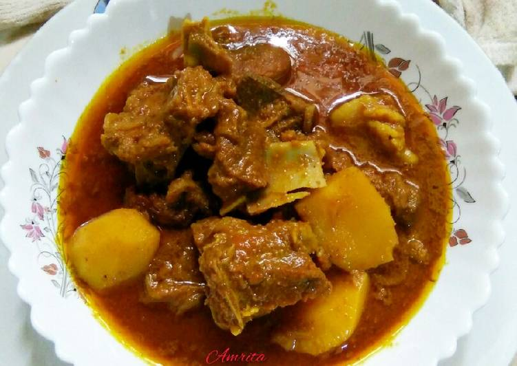 Easiest Way to Make Yummy Mutton Curry with spicy gravy