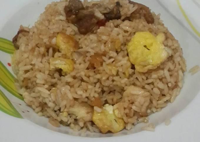 Nasi goreng ayam simple