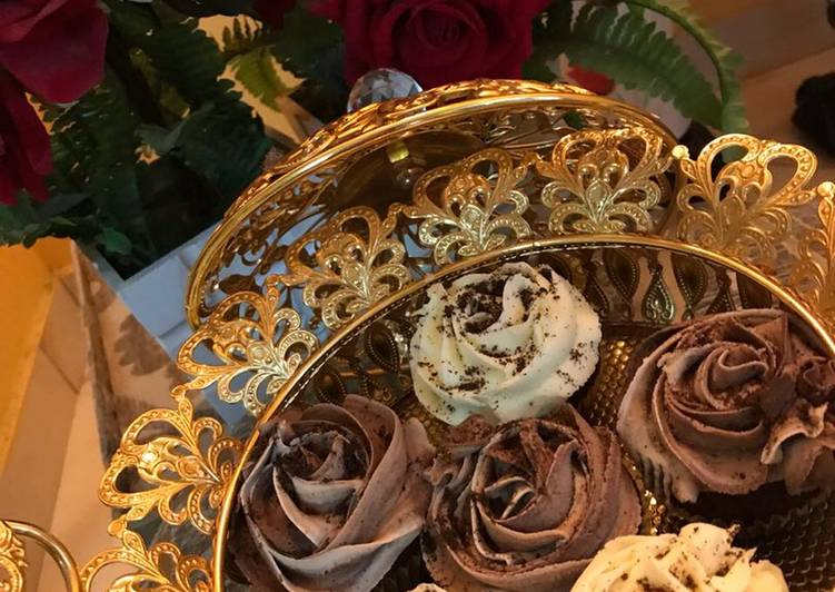 How to Make Super Quick Homemade Chocolate Cupcakes #chocolatebakingcontest