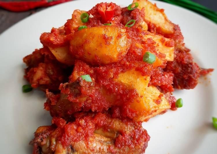 Ayam goreng Kentang Cabe Merah