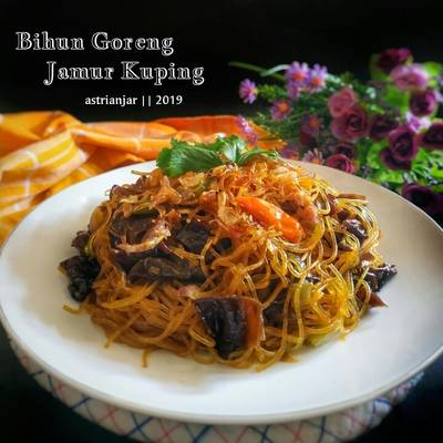 Resep Bihun Goreng Jamur Kuping Oleh Astri Anjar Cookpad
