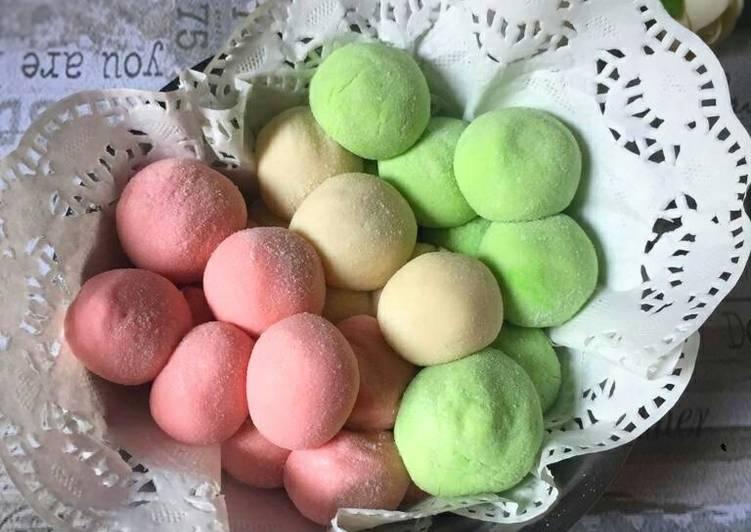 Bola-bola susu (milkyballs)