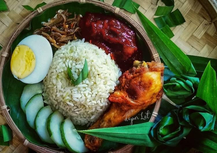 Nasi Lemak Pandan, Sambal Bilis Dan Ayam Goreng - velavinkabakery.com