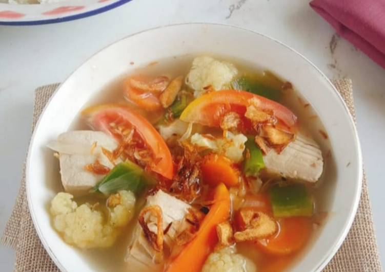 Bagaimana Menyiapkan Sup Tuna Kuah Bening Menyegarkan Anti Gagal