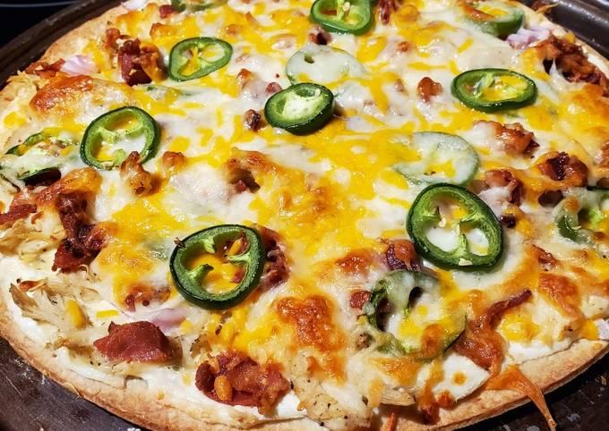 Jalapeno Popper Chicken Pizza