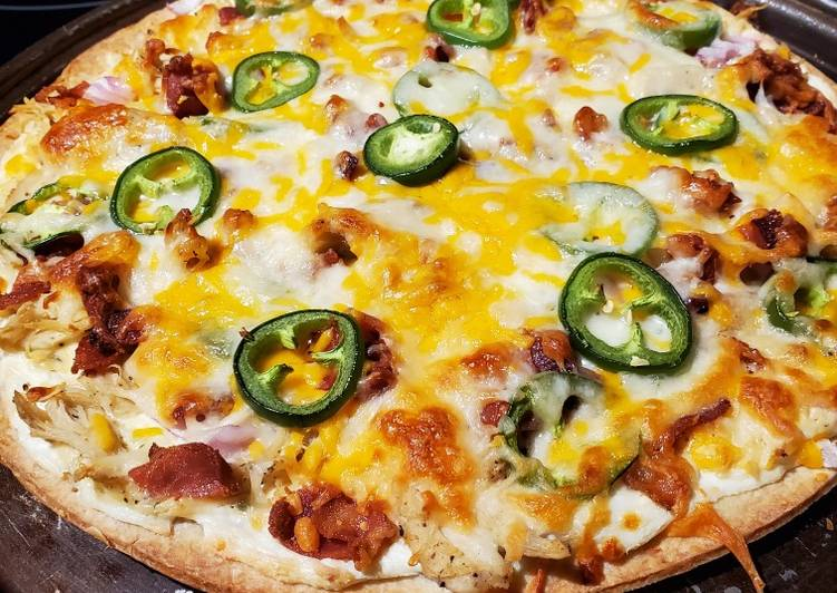 Jalapeno Popper Chicken Pizza