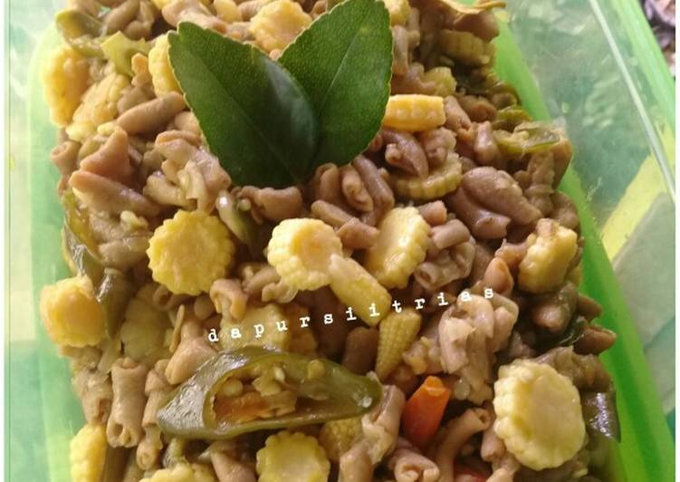 Tumis anak jagung + usus ayam