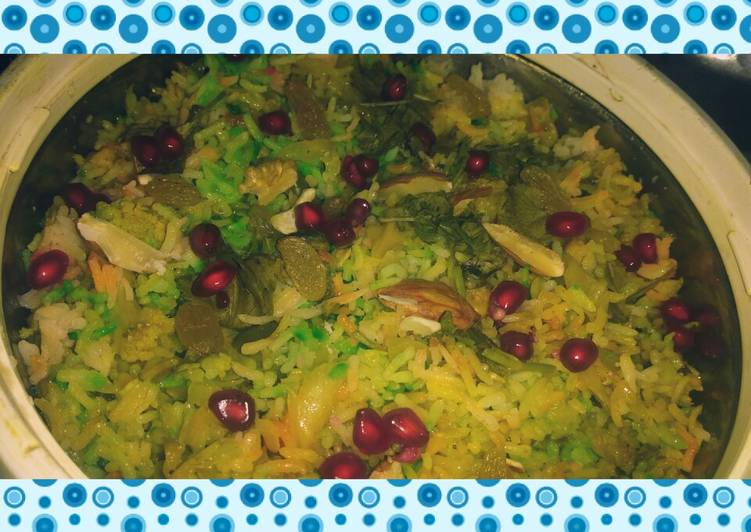 Easy Recipe: Perfect Tricolor mix veg briyani with cheese and anar seeds