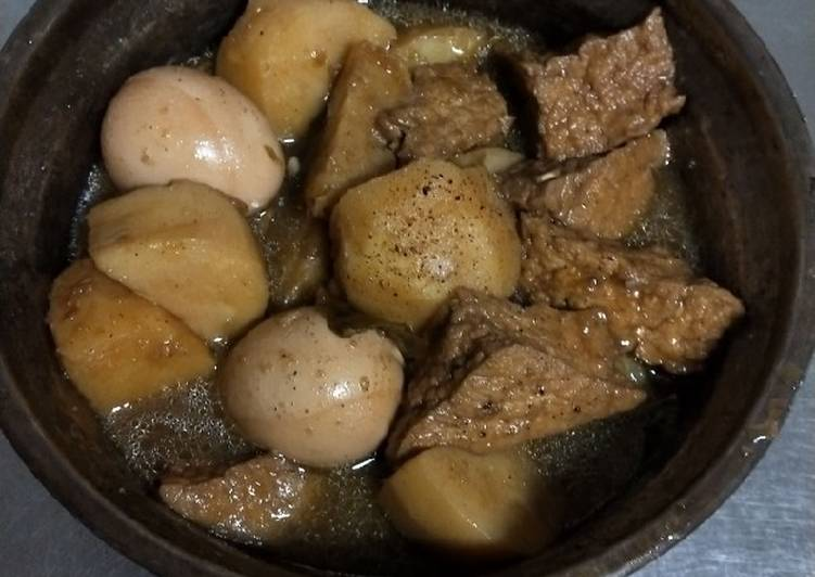 Semur telor tahu kentang