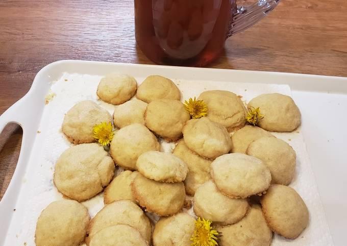 Recipe: Delicious Dandelion Shortbread Cookies