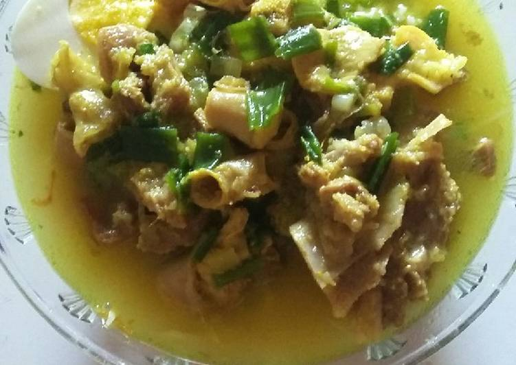 Soto daging madura
