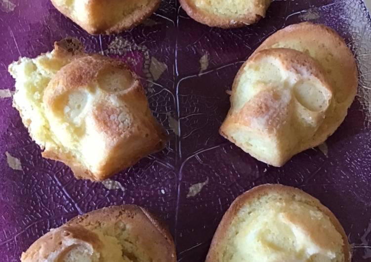 Petits gâteaux Halloween «skull» vanille et noix de coco