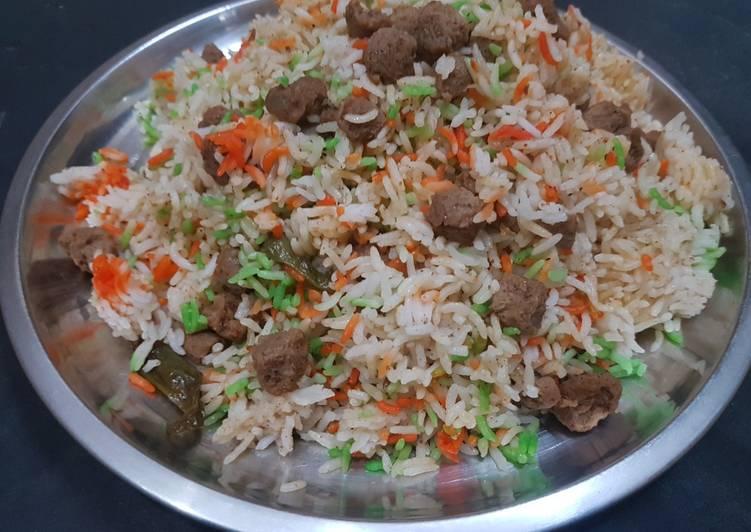 What is Dinner Ideas Autumn Soya biryani recipe | soya chunks biryani recipe | meal maker biryani