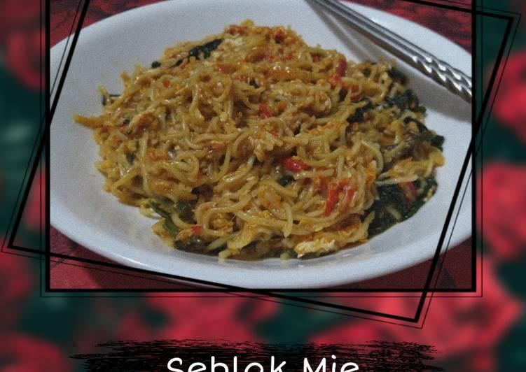 seblak-mie-vegetarian-friendly