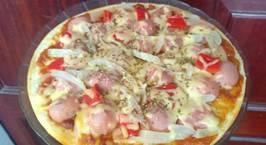 Hình ảnh món Làm pizza xúc xích nướng bằng chảo
