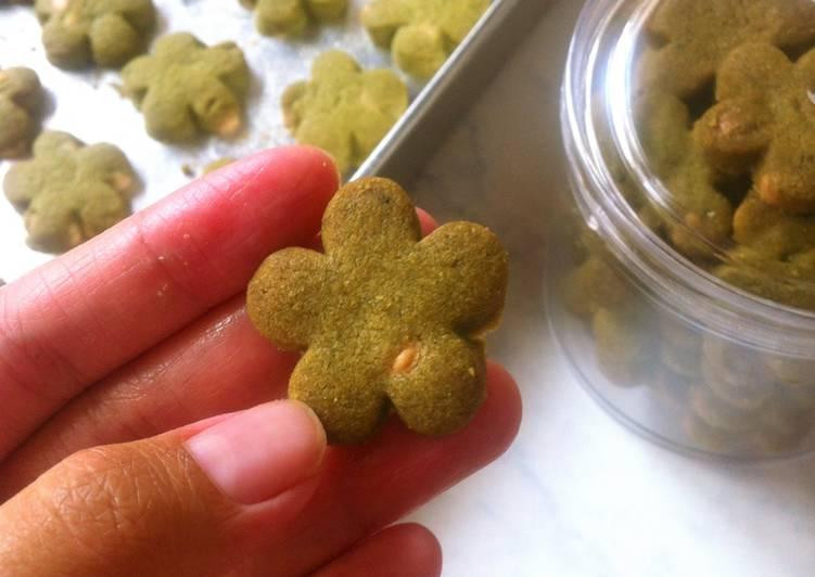 Bagaimana Menyiapkan Green tea white chocolate cookies Anti Gagal