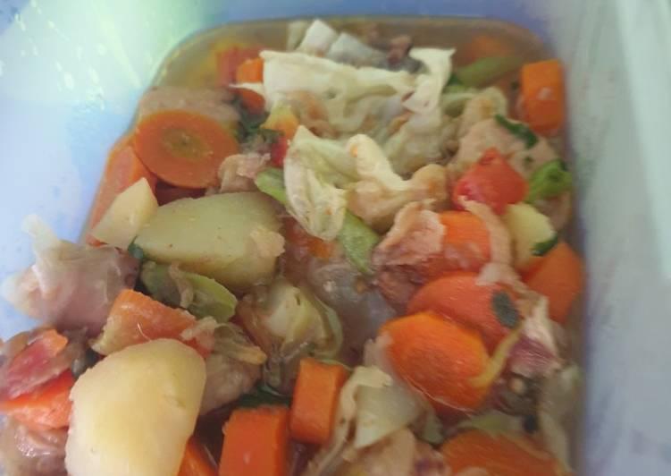 Resep Sop sayur ayam mudah dan enak Yang Gampang Bikin Nagih