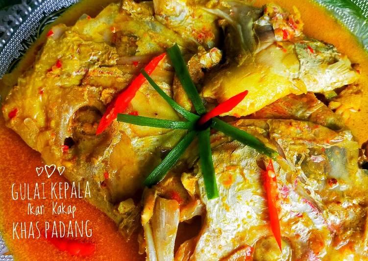 Gulai kepala ikan kakap khas Padang