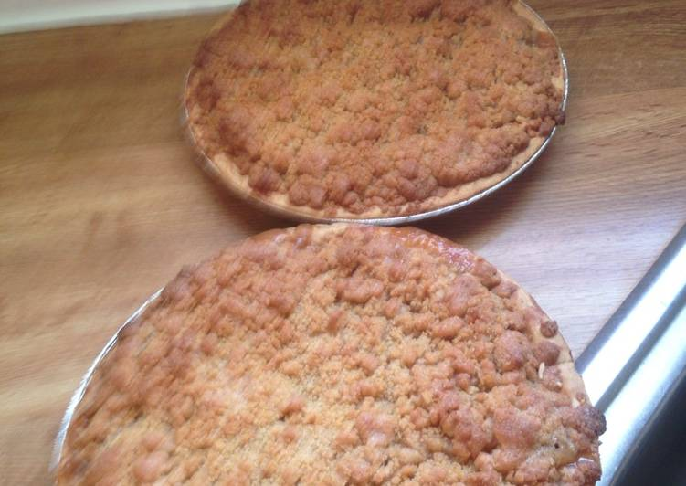 Recipe of Homemade Dutch Apple pie