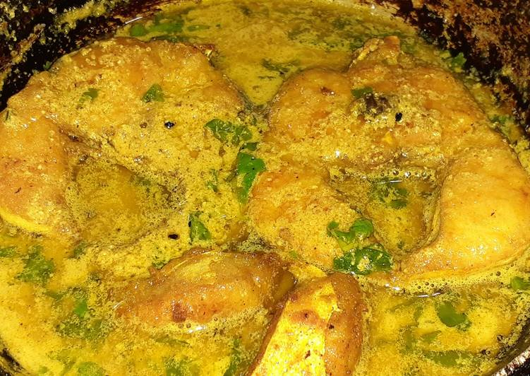 Recipe of Super Quick Homemade Shorshe posto diye Aar macher jhol (Aar fish curry)