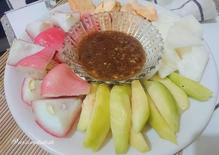 Rahasia Resep Rujak Buah Kacang Almond , Menggugah Selera