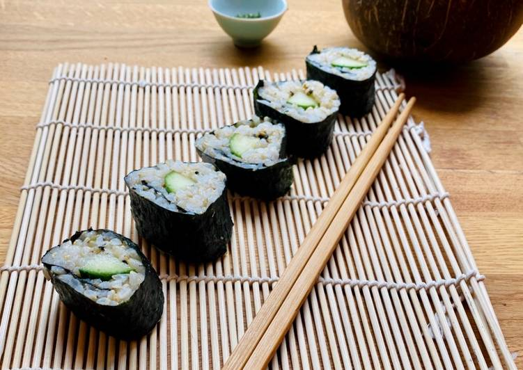 Simple Way to Make Homemade Cucumber and Wasabi Brown Sushi Rolls