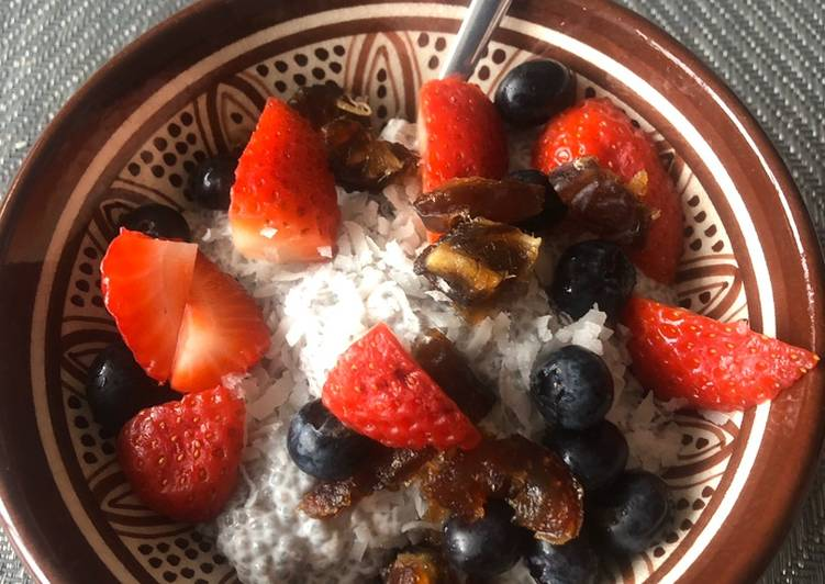 Foods That Make You Happy Chia pudding
