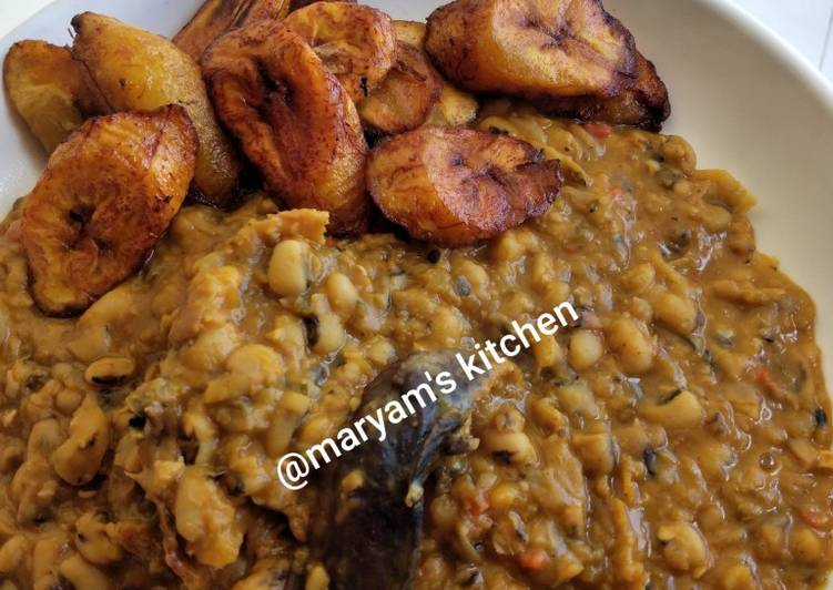 Steps to Make Quick Beans porridge and plantain