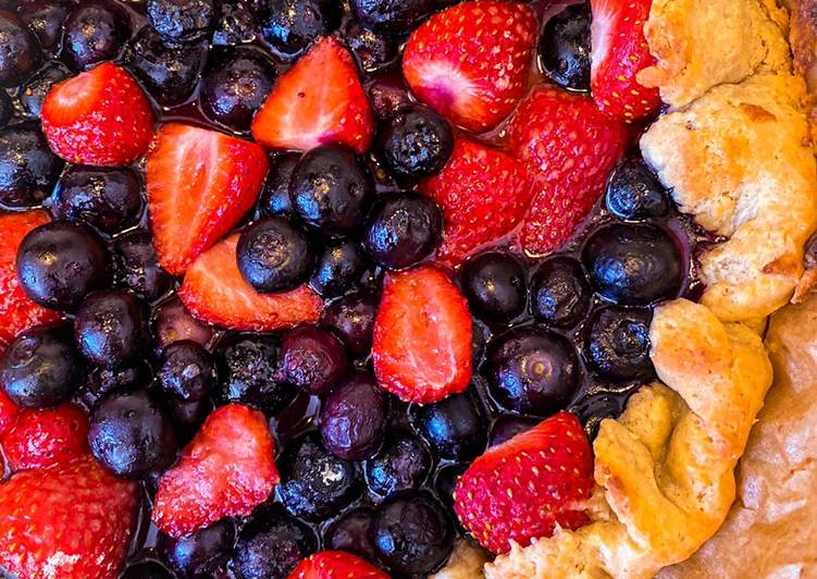 Simple Way to Prepare Perfect Berry pie