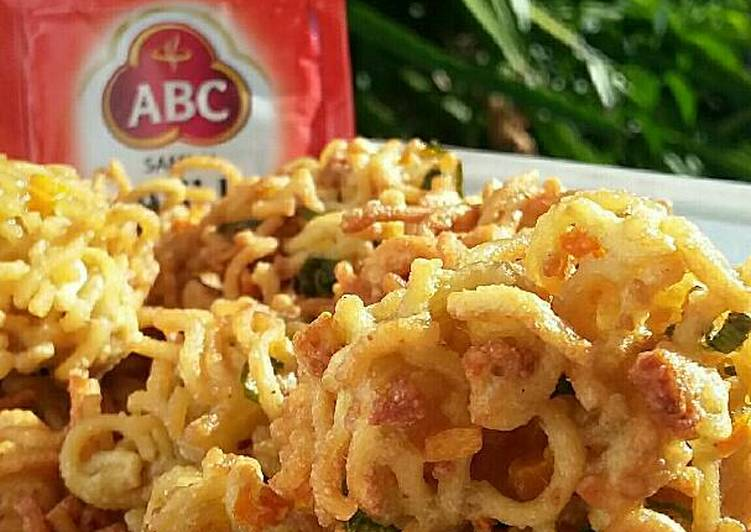 bakwan mie kriuk foto resep utama CaraBiasa.com