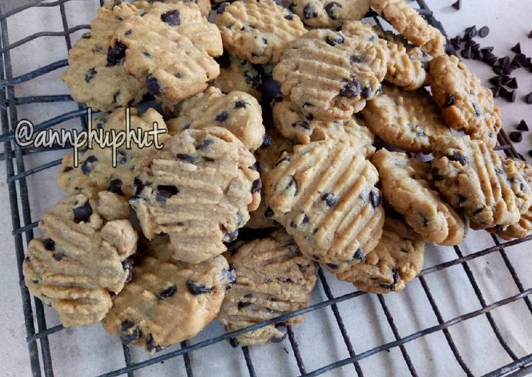 Choco chip cookies with palm sugar