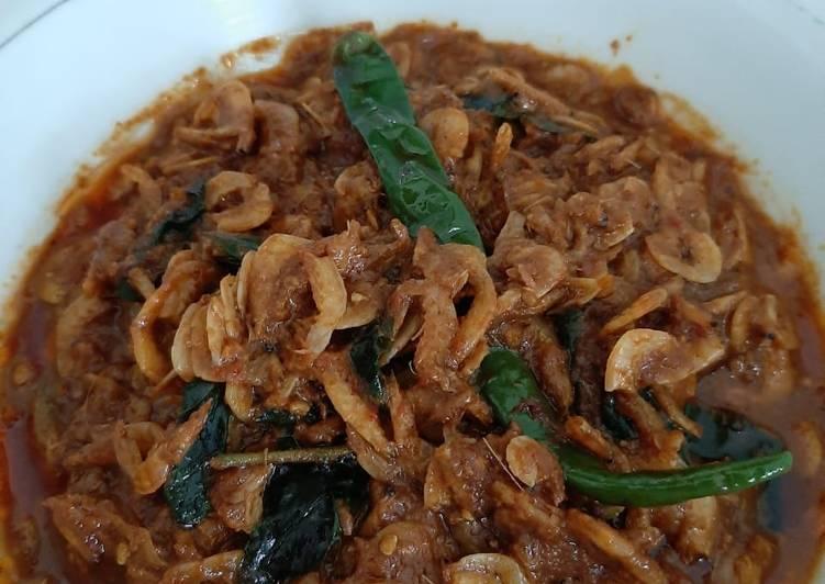 Phep sabee (tumis udang rebon)