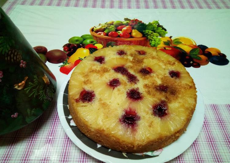 Pineapple Raspberry Upside Down Cake