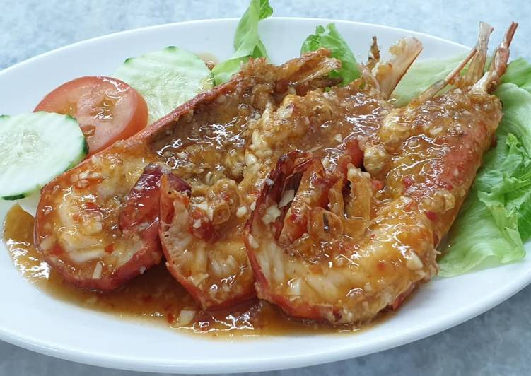 Recipe: Appetizing Garlic Sauce Prawn 蒜辣虾