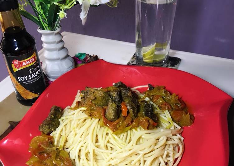 Discover How to Improve Your Mood with Food Spaghetti and beef sauce with lime water