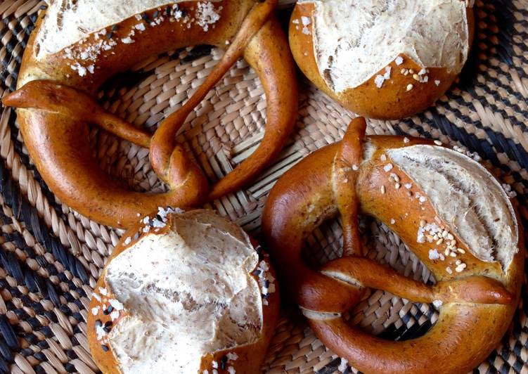 Sourdough Lye Pretzels