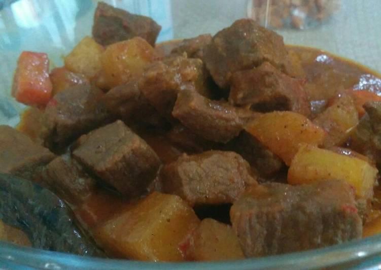 Kari daging bumbu instan indofood