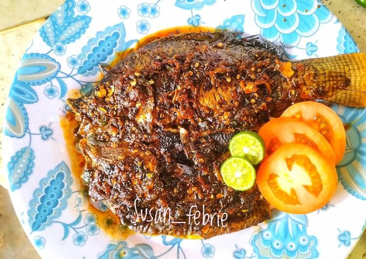 Ikan Bakar Sambal Lawar / Ikan Bakar Sambal Jahe