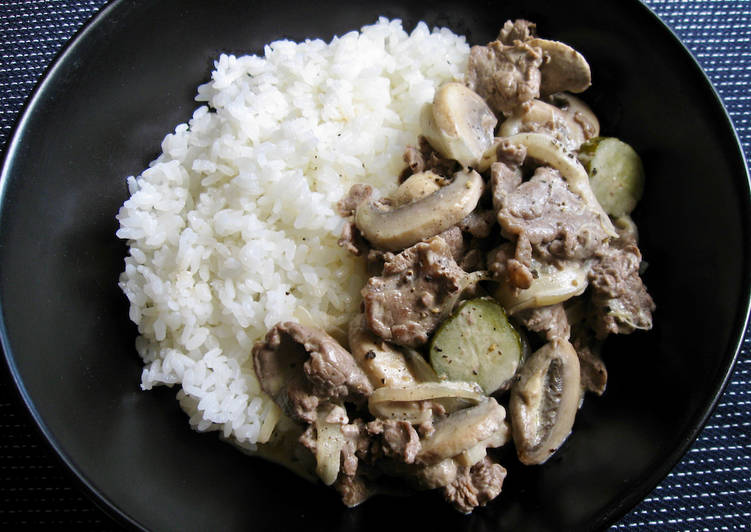 Recipe: Yummy Super Easy Beef Stroganoff