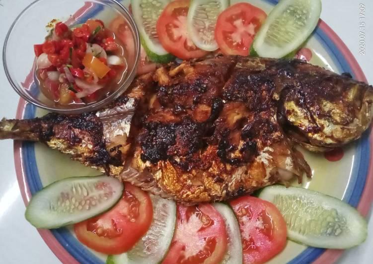 Ikan Kuwe Bakar + Sambal Matah