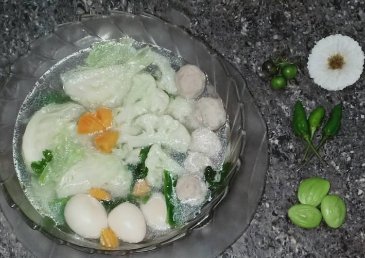 Sop baso telur puyuh