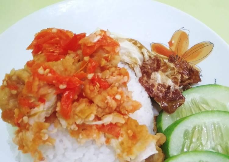 14. Homemade Ayam Geprek Mudah dan Enak