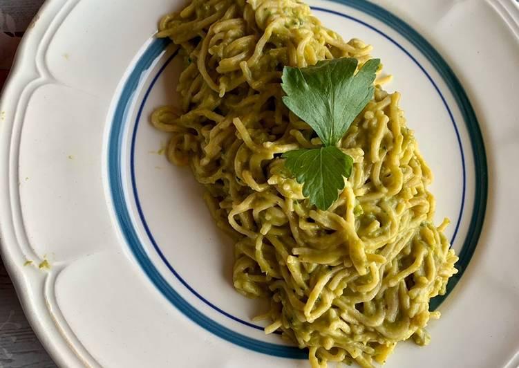 Spaghetti alla crema di piselli