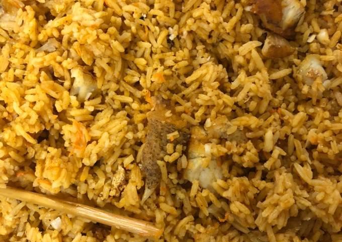 Cara Gampang Menyiapkan Nasi ikan yang Enak