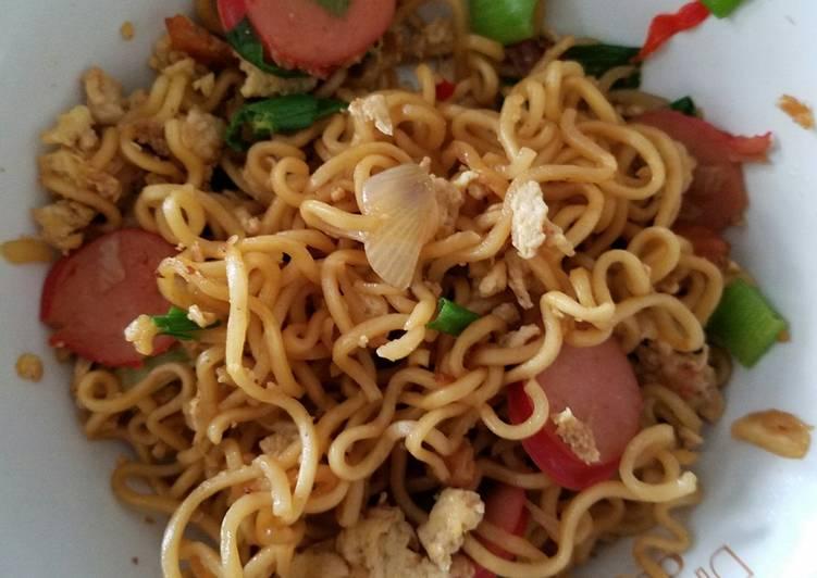 Resep Bakmi goreng sosis – indomie Paling Gampang