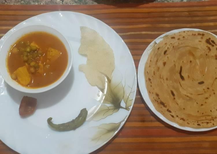 Aata lachcha paratha with matar paneer