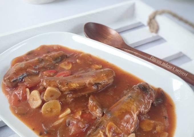 Sarden Saus Tomat