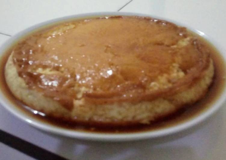 Caramel puding custard